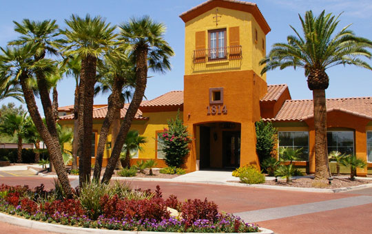 la serena toscana apartments gated community